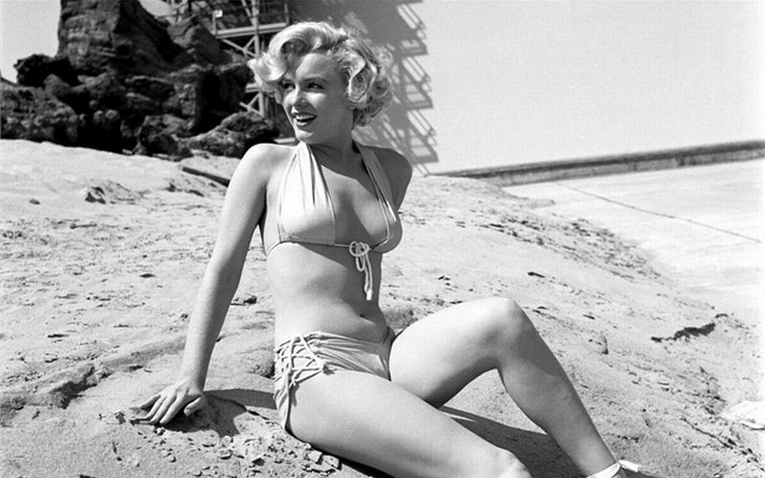marilyn on beach